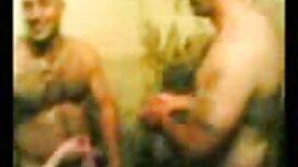 Nenek rusia dan seorang pria dengan dua orang pelajar di sebuah pondok pepek kena jolok