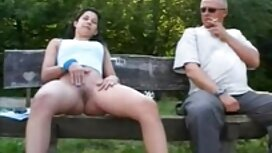 Masturbasi di depan jolok melayu teman.