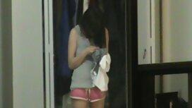 Jepang meraba-raba sempit di pantat untuk mulai awek melayu jolok di dapur