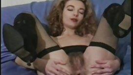 Wanita besar dengan awek tudung kena jolok teman lelakinya di pagi di tempat tidur