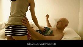 Perang setuju untuk jolok bontot awek melakukan hubungan seks di pejabat dengan pelatih.